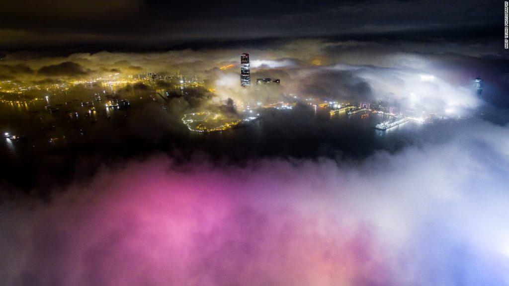 160421121849-03-hong-kong-urban-fog-super-169