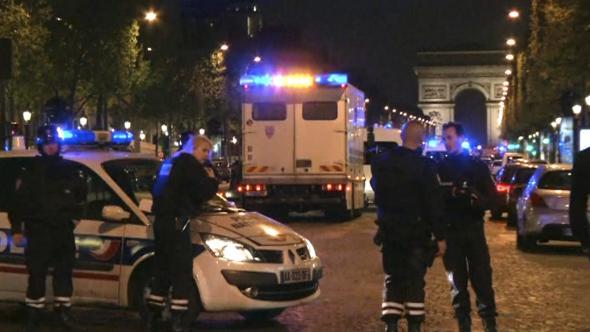 Atacul armat din Paris