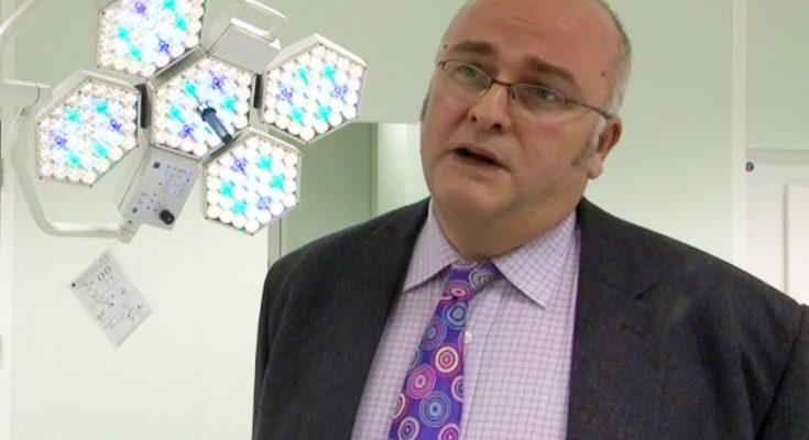 Dr. Simon Bramhall